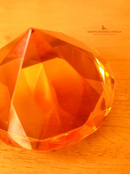 0221オレンジのクリスタル.jpg