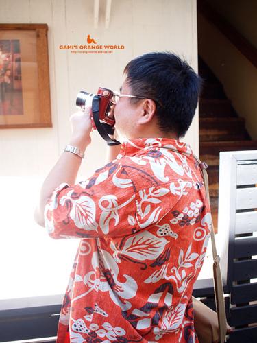 0341山頂の住人さんのオレンジシャツ.jpg