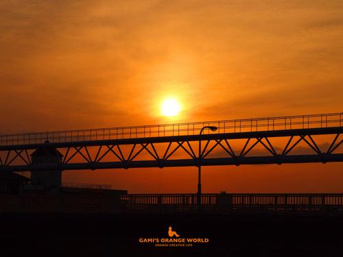 0550オレンジの夕焼け.jpg