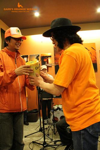 0583エルカミーノdeオレンジの世界展2012春EP6.jpg