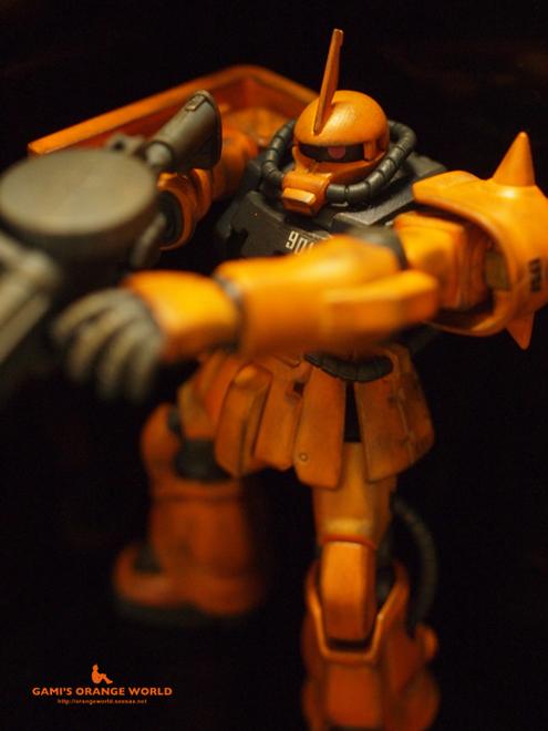 オレンジのザク8.jpg