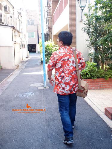 0341山頂の住人さんのオレンジシャツ2.jpg