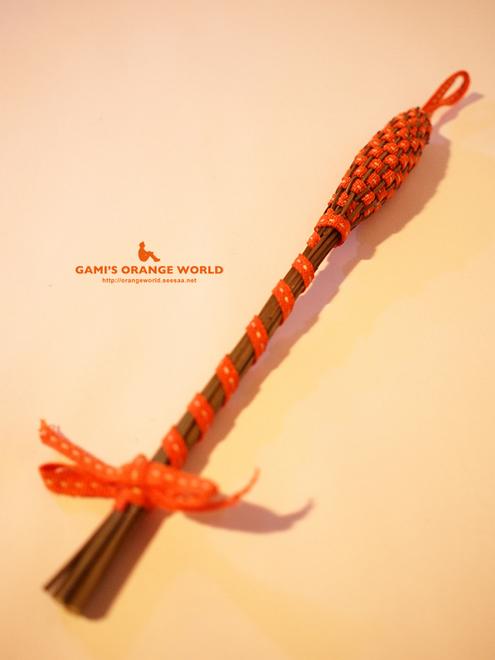 0401ラベンダーを編んだ香り飾り2.jpg