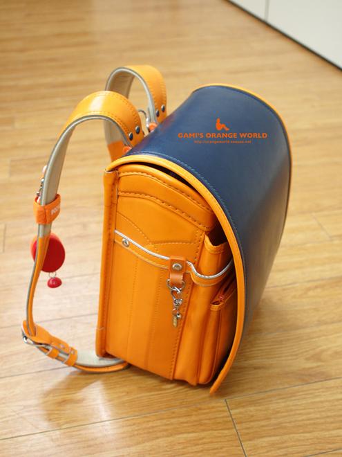 0437オレンジのランドセル1.jpg