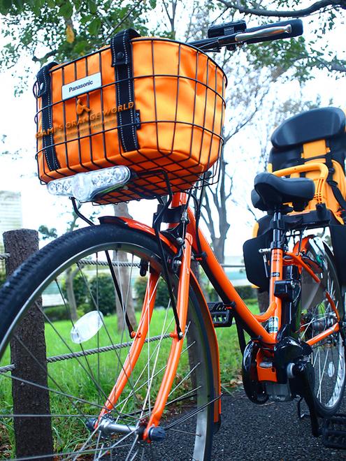 0439オレンジ電動自転車2.jpg