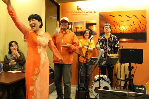 0583エルカミーノdeオレンジの世界展2012春EP2.jpg