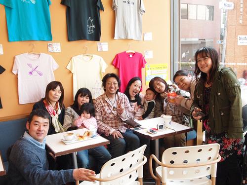 2011からふるTシャツ展1.jpg