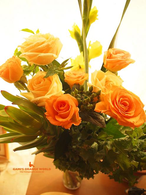 オレンジのバラ1.jpg