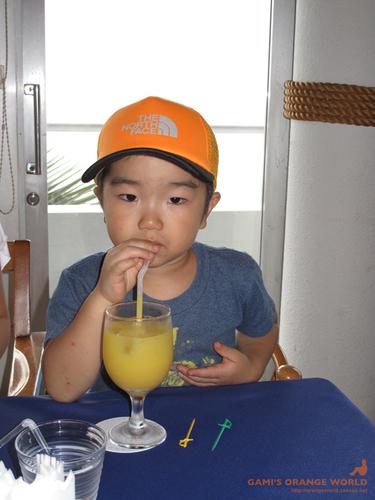 オレンジの少年.jpg