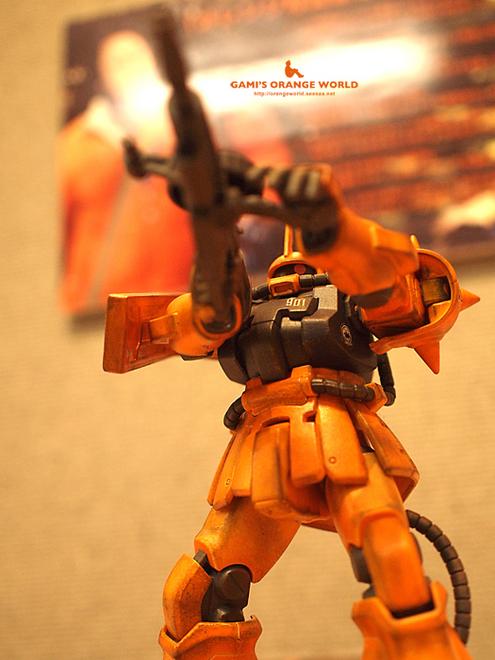 創作展でオレンジザク.jpg