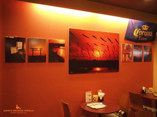 第三回オレンジの世界展展示写真3.jpg